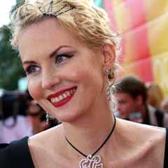 Самой красивой актрисой российского