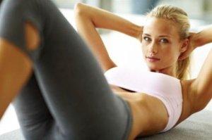 Скопления жира в области живота – довольно распространенное явление, как  среди женщин, так и среди мужчин. Большей частью, конечно же, это касается  женщин. 2c6c790f377