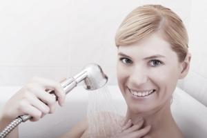 Увеличить грудь при помощи простых и доступных