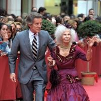 Испанская герцогиня даже в 87 лет продолжает носить мини