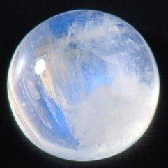 Лунный камень для Рака